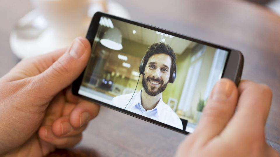 How to Use Live Video Presentations to Boost Leads and Sales